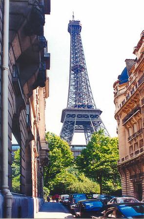 La Tour Eiffel Paris France - Jul 1996