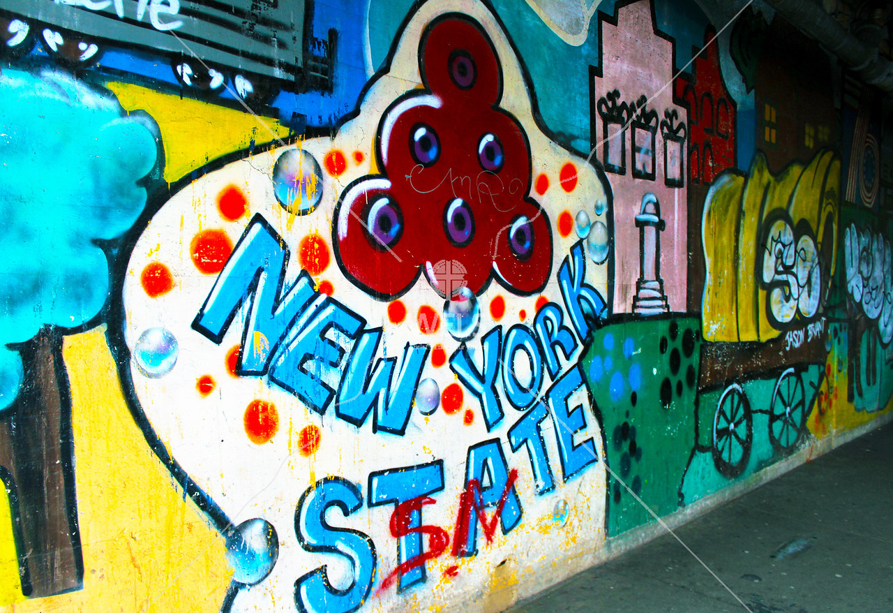New York City Graffiti by lhitter