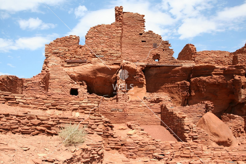A closer view of the pueblo ruins at the Grand Canyon by tluecke