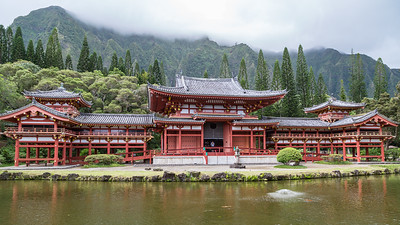 Byodo-in Temple in Valley of the Temples, Oahu, Hawaii.