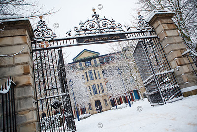 Cambridge Judge Business School in snow
