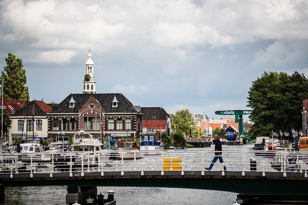 Leiden, The Netherlands<br /> Crossing.