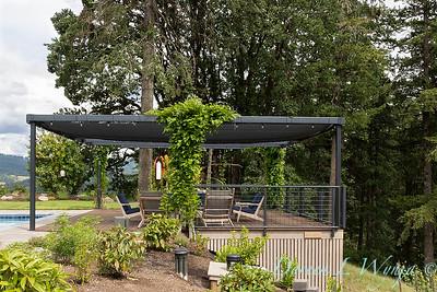 2 Mules poolside patio_7120