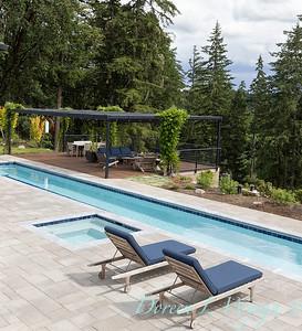 2 Mules poolside patio_7102