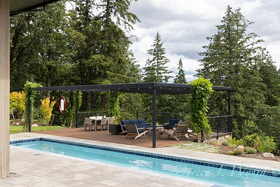 2 Mules poolside patio_7113