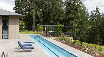 2 Mules poolside patio_7103