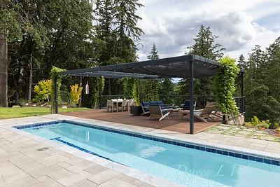 2 Mules poolside patio_7111