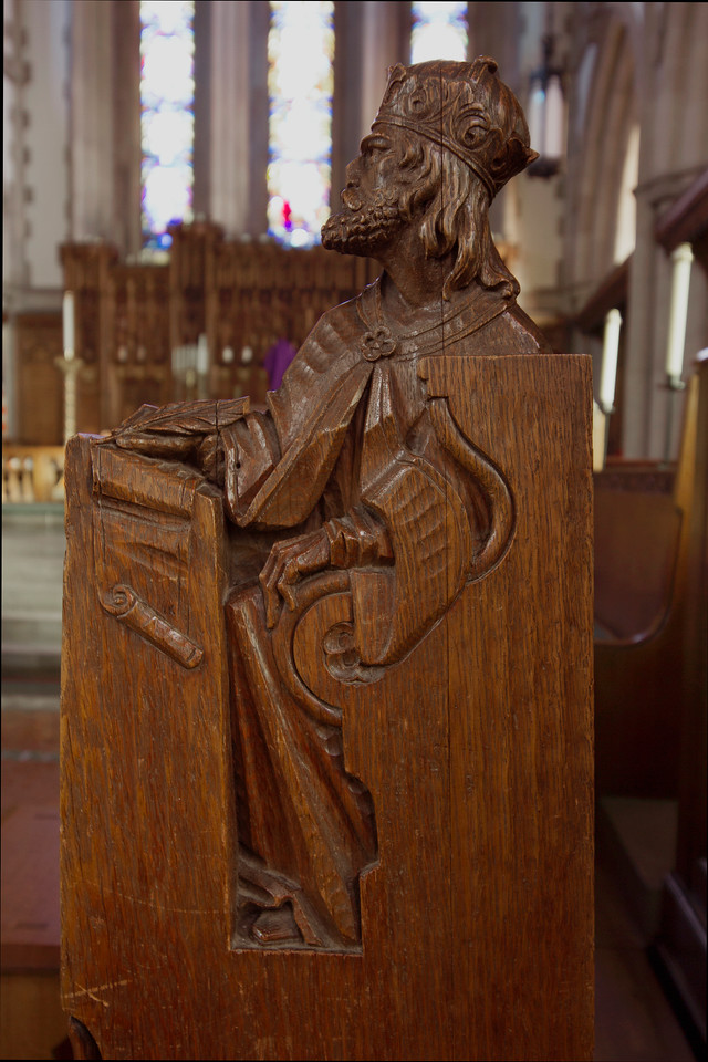 Choir Pew Figure 4: King David, front