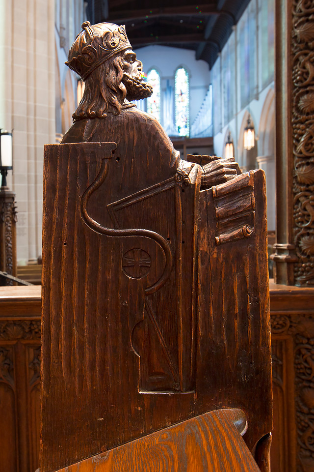 Choir Pew Figure 4: King David, rear