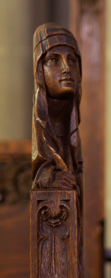 Choir Pew Figure 11: Mary, profile