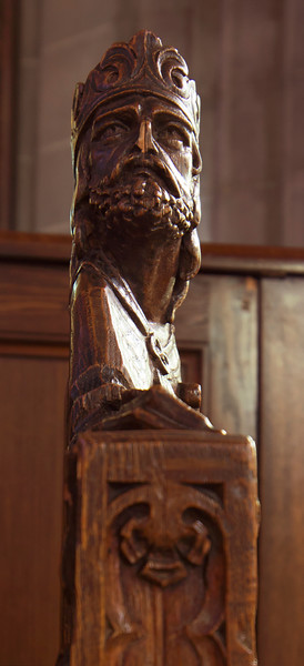 Choir Pew Figure 4: King David, profile