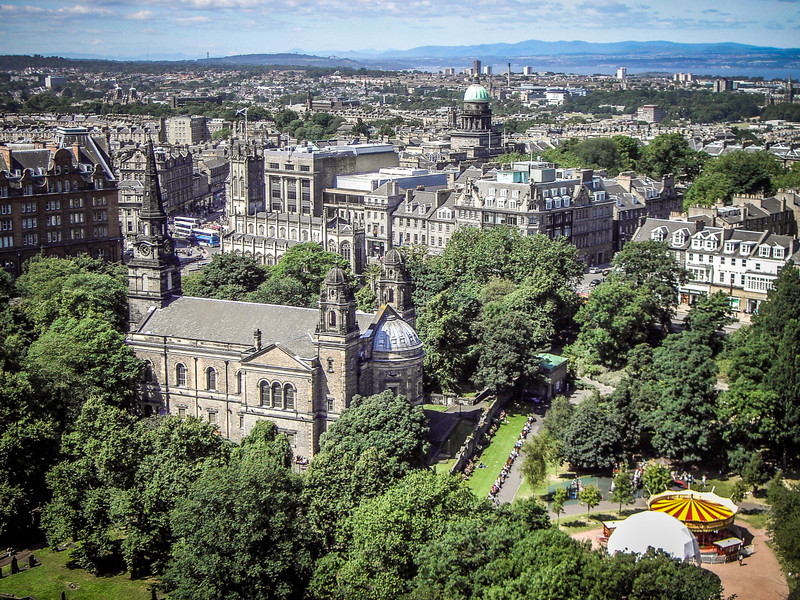 Edinburgh, Scotland<br /> The Princes St Gardens, and the Parish Church of St Cuthbert.