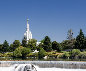 Idaho Falls, LDS Temple in back of the falls.