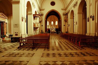 Tarquinia, Italy:  Church, interior