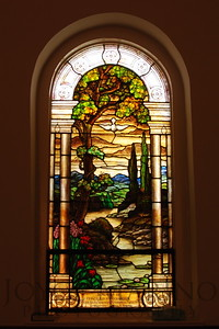 Beautiful stained glass window -- DSC_0066