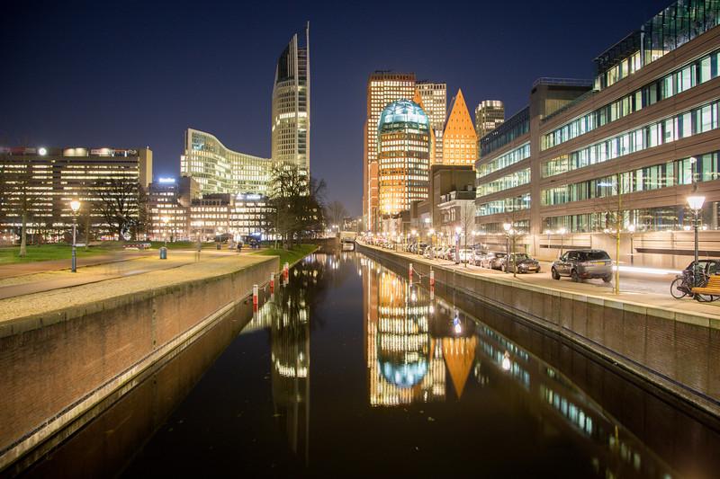 Den Haag by Night