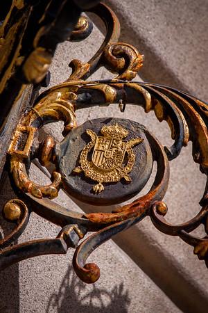 Palacio Real Crest