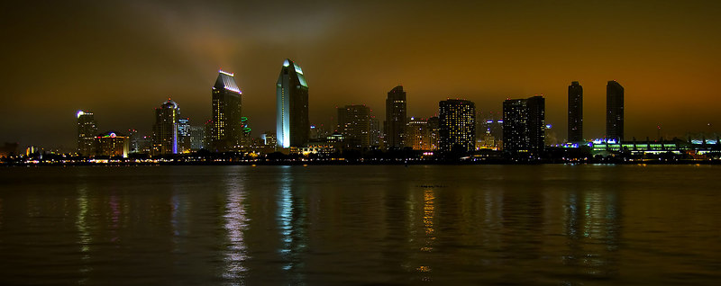 "<i><h2>""A Foggy Night in San Diego""</i></h2>Scenic Photo of the Day - digitalphotocontest.com  - 3/06/07"