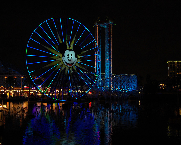 Mickey's Fun Wheel at Disney California