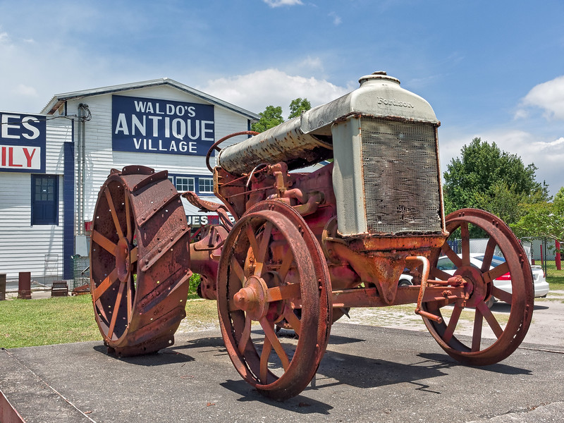 Fordson Tractor in Waldo