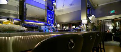 8990_d810a_Bon_Vivant_Palo_Alto_Restaurant_Architecture_Photography_pan