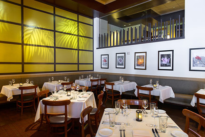 1026_d800a_Roys_Hawaiian_Fusion_Restaurant_San_Francisco_Interior_Photography