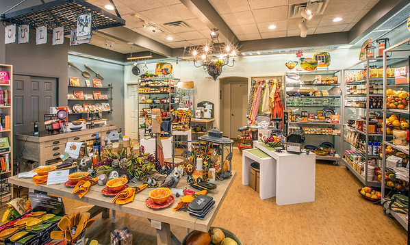 Compleat Lifestyles Gourmet and Gifts