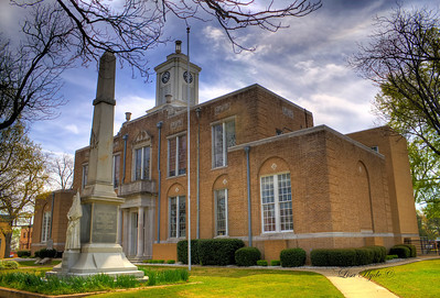 Ouachita County Courthouse and Women's Confederate Memorial - Camden, AR