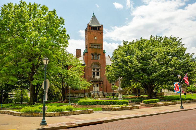 Red Brick Courthouse, Montgomery County Court House, Courthouse Square, Rockville, Maryland