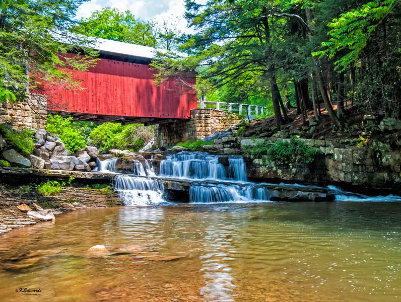 Packsaddle Covered Bridge