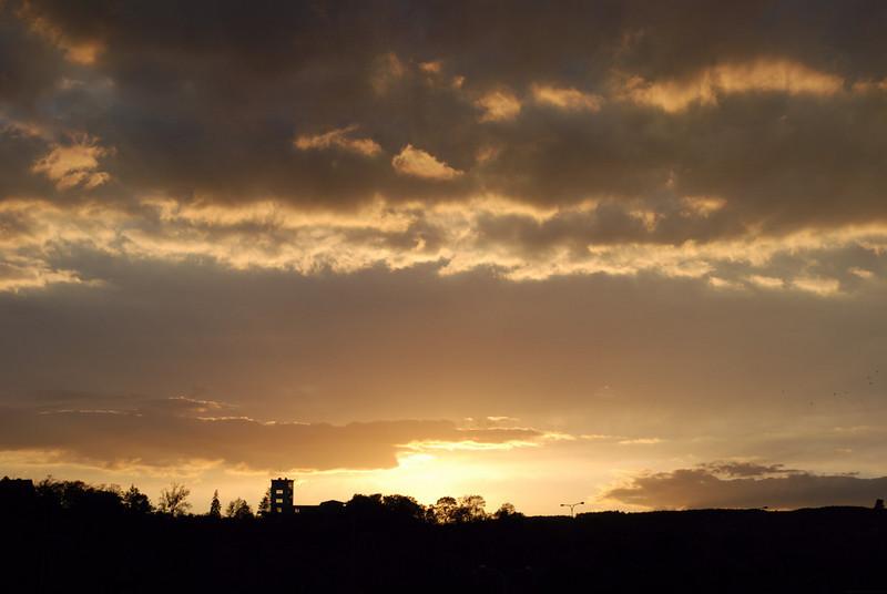 pohled na Barrandovské terasy při západu slunce