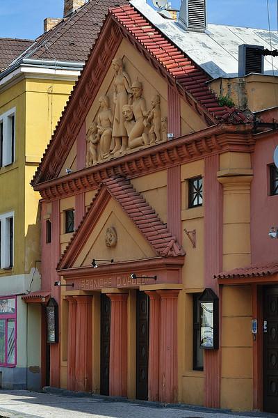 Branické divadlo v poledne
