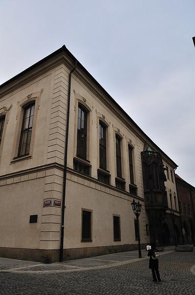 budova Karolina