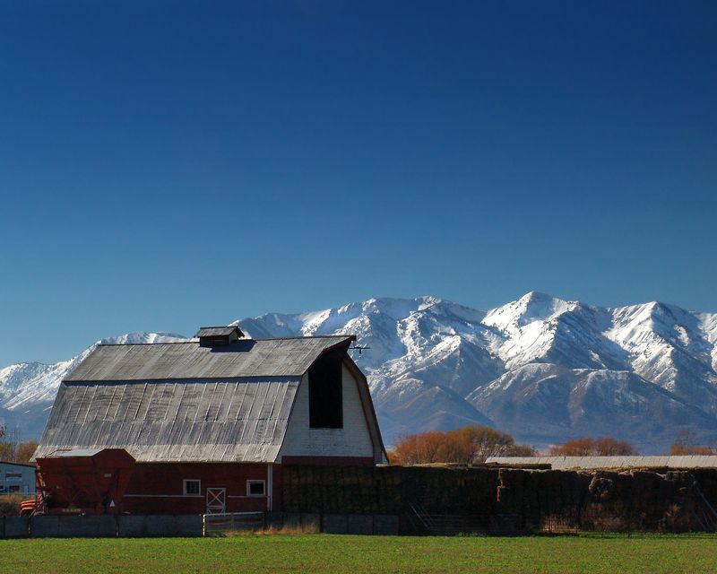 Barn near Logan, Utah
