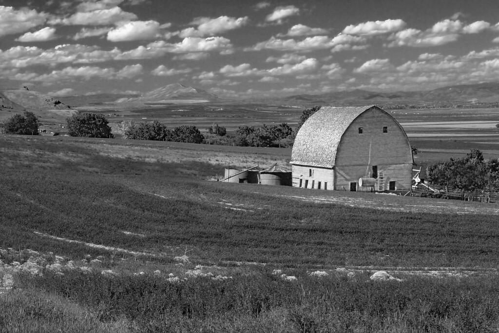 Barn in Petersboro, Utah. It was destroyed in Jan. 2005