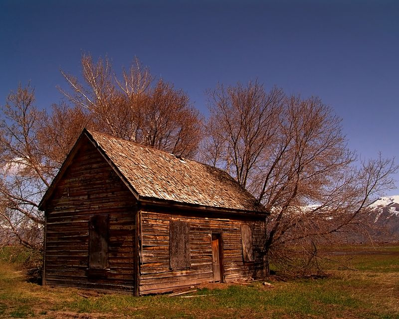 Abandoned cabin in Wellsville, Utah