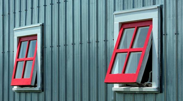 Red Windows