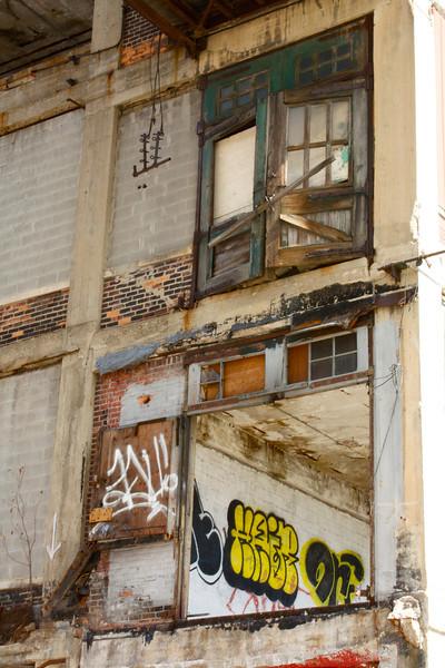 invisible balcony.