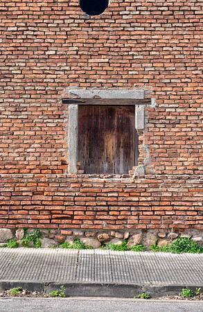 Window In Uruguay 1