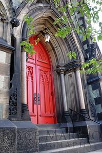 Red door -- DSC_0705
