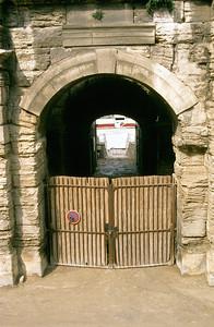 The Bull's Entrance