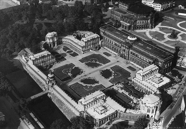 aerial zwinger 1933