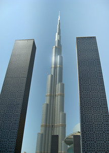 Burj Khalifa - the worlds tallest building - Dubai 09