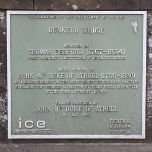 Dunkeld Bridge Plaque