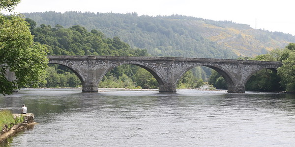 Dunkeld Bridge from the west