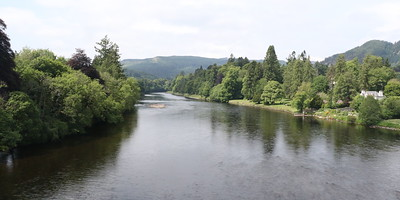 River Tay from Dunkeld Bridge looking west (upstream)