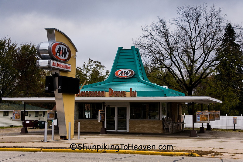 Old-Fashioned A&W Drive-in, Portage, Wisconsin