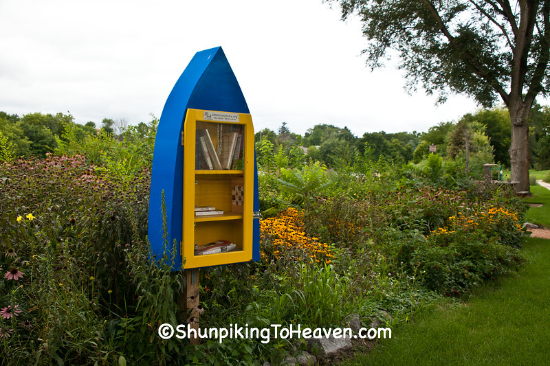 Canoe-Shaped Little Free Library, Marshall, Wisconsin