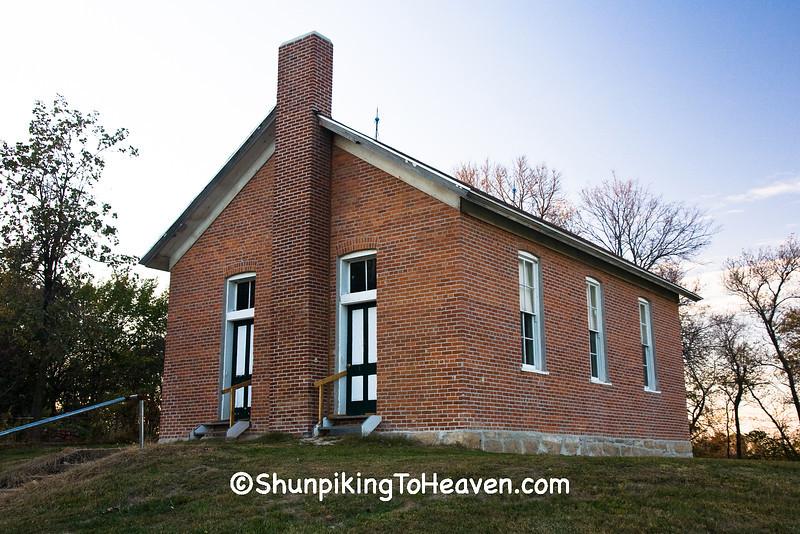 Red Brick School, Washington County, Iowa