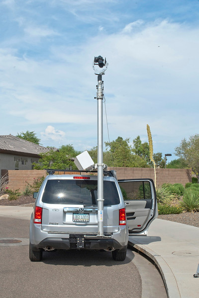 Total Mast Solution in Vertical Position on SUV